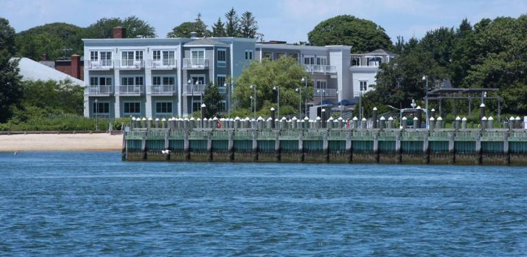 Photo of Harborfront Inn at Greenport