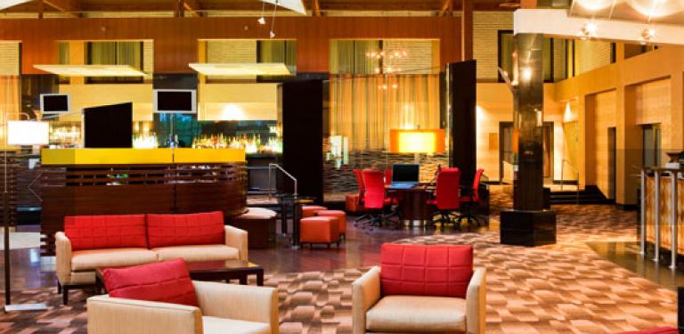 Photo of UPSKY Long Island Hotel